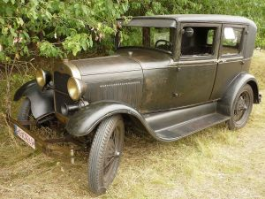 Ford_Model_A_1928_Butzbach_08-2015