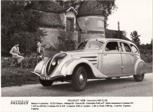 Peugeot_402_Pressefoto_1939