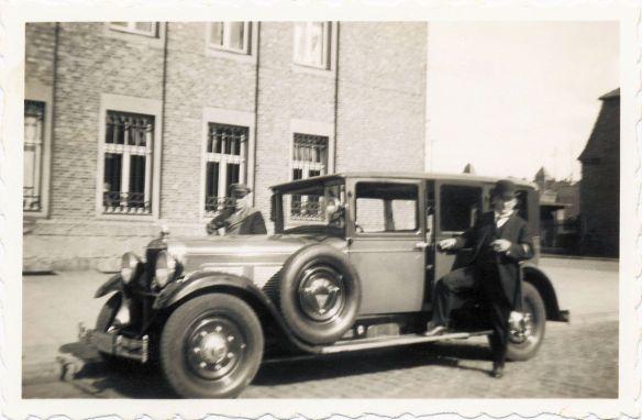 Adler_Standard_8_07-1932_Galerie