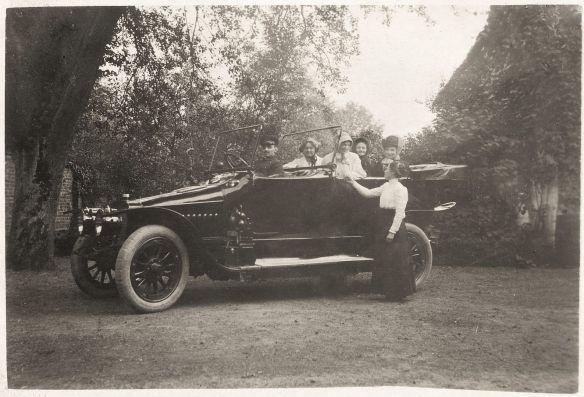 adler_tourenwagen_um_1910_galerie
