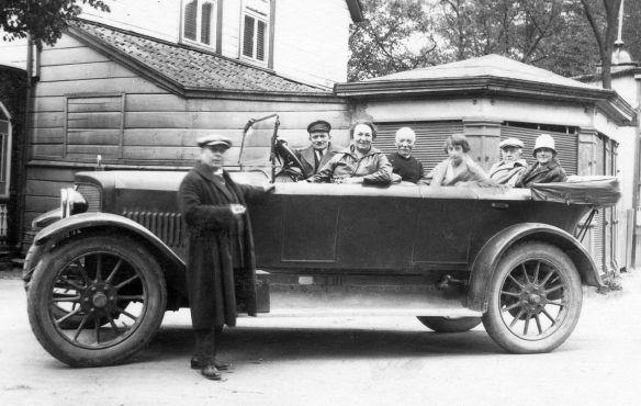 Adler_Tourenwagen_Vorkrieg_um_1920_1_Galerie