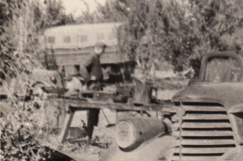 Oldsmobile_Bj1938_Hintergrund