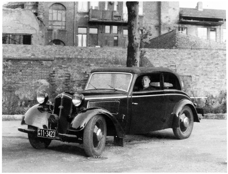 DKW_F7_Meisterklasse_ab_1938_modifiziert_Galerie
