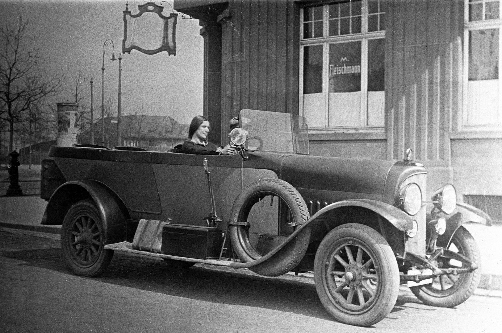 Stoewer_D5_a_04-1925_Galerie