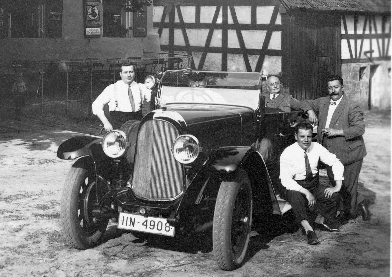 Stoewer_D9V_oder_12V_Grünsberg bei_Altdorf_07-1930_Ausschnitt