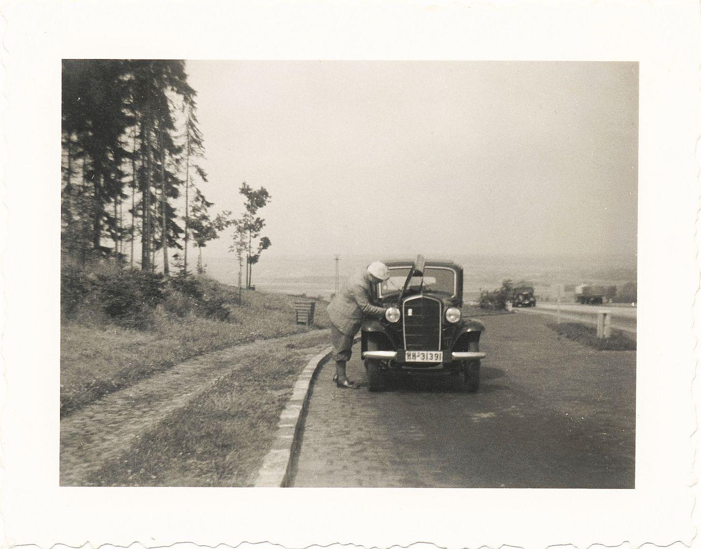 Opel_P4_Reichsautobahn_26-07-1939_Galerie