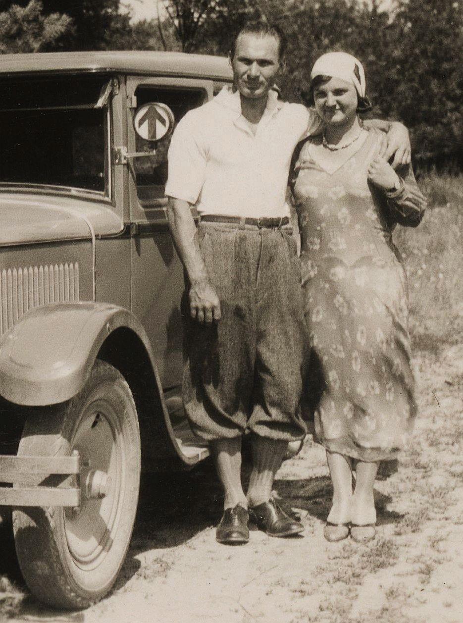 Skoda_430_bei_Tynec_Juli_1931_Passagiere