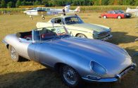 Jaguar_E-Type_Series1_08-2016
