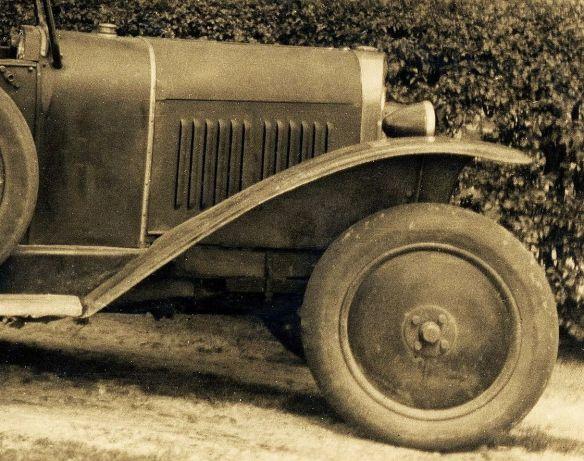 Opel_4-14_PS_bei_Wilhelmshaven_1928_Frontpartie