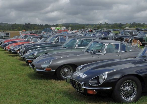 jaguar_e-types_goodwood_2016
