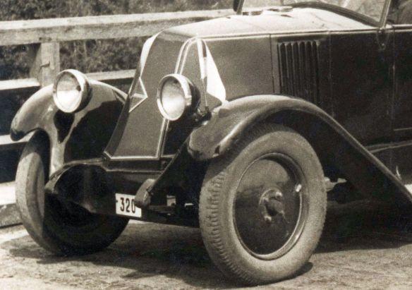 renault_10cv_kz1_1926_frontpartie