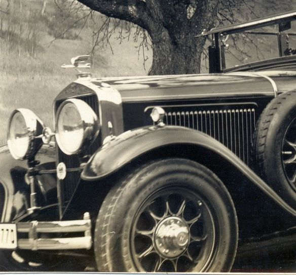 Horch_350_Sedan-Cabriolet_1_Frontpartie.jpg