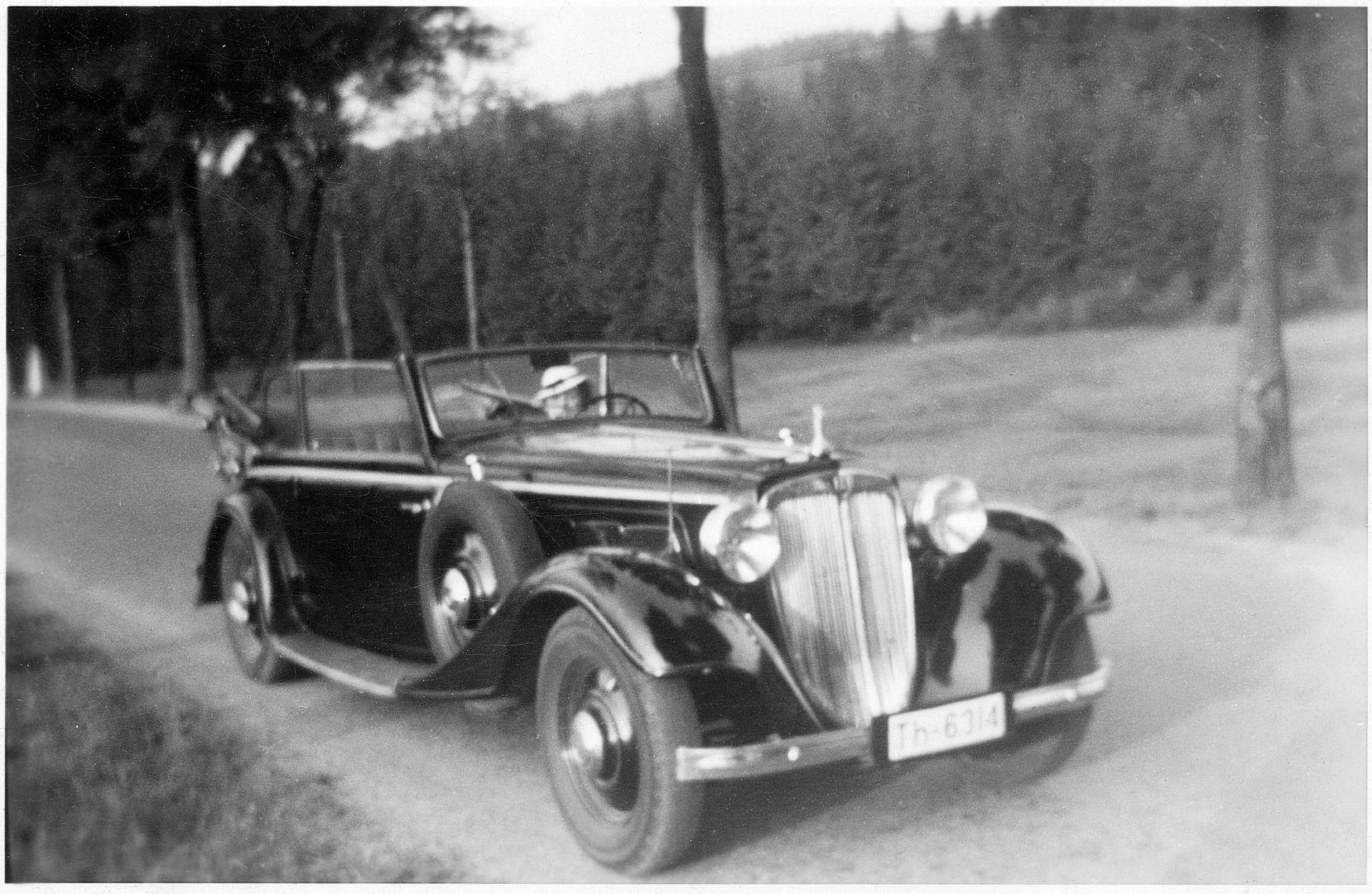 Audi_Front_Gläser_Ende_1933_18-07-1937_Foto_Greiz_Galerie