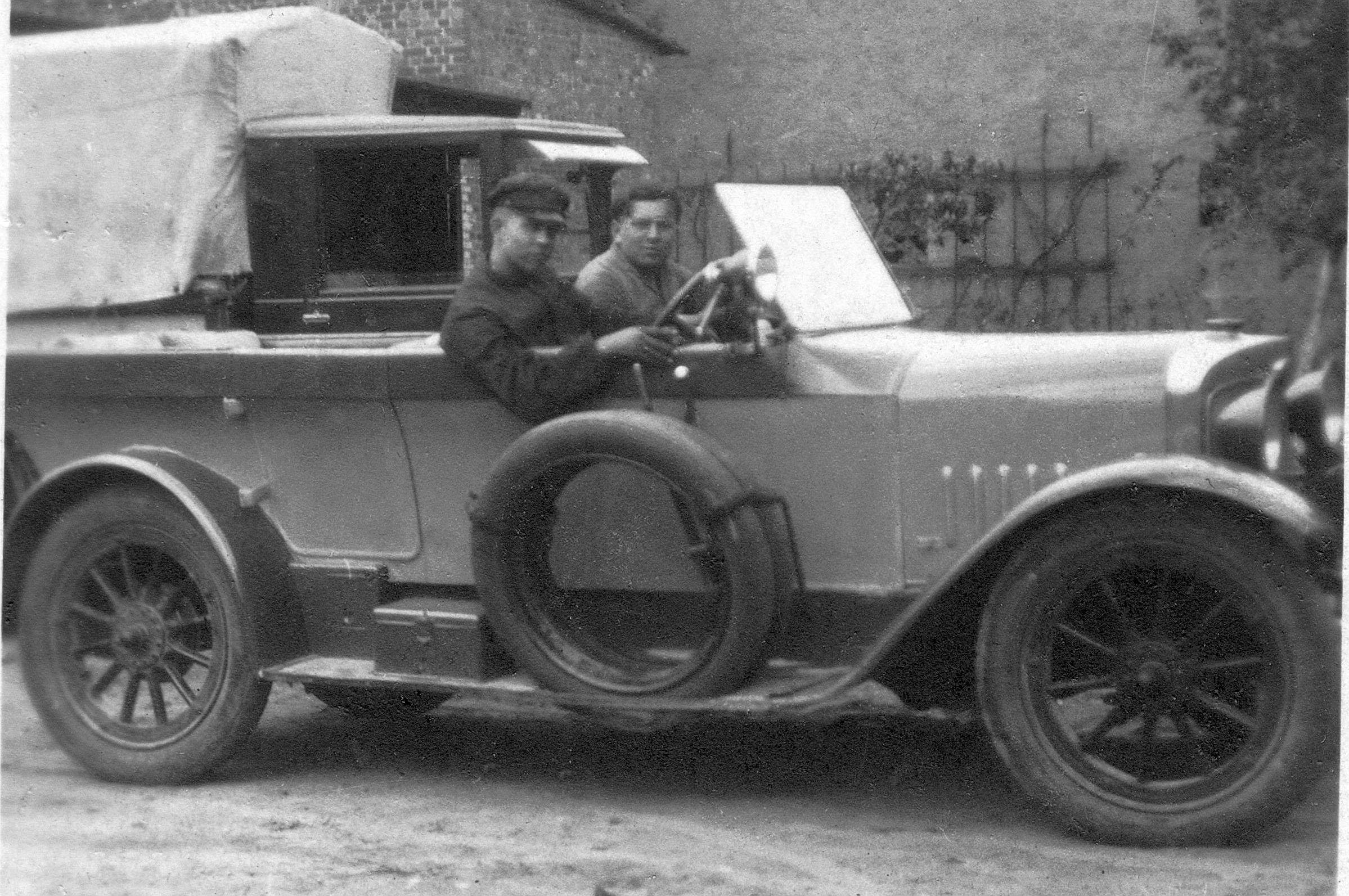 Audi_Typ_G_8-22_PS_um_1920_1_Ausschnitt
