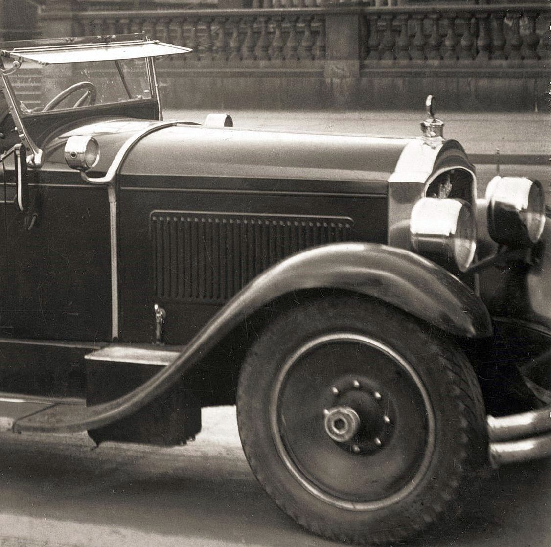 packard_533_berlin_04-1931_frontpartie