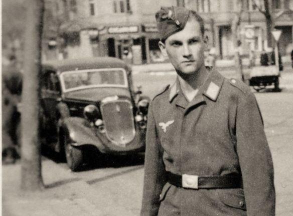 plymouth_1934_flieger_bobby_05-1942_ausschnitt