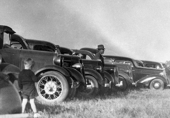 diverse_US-Wagen_um_1935_Ausschnitt