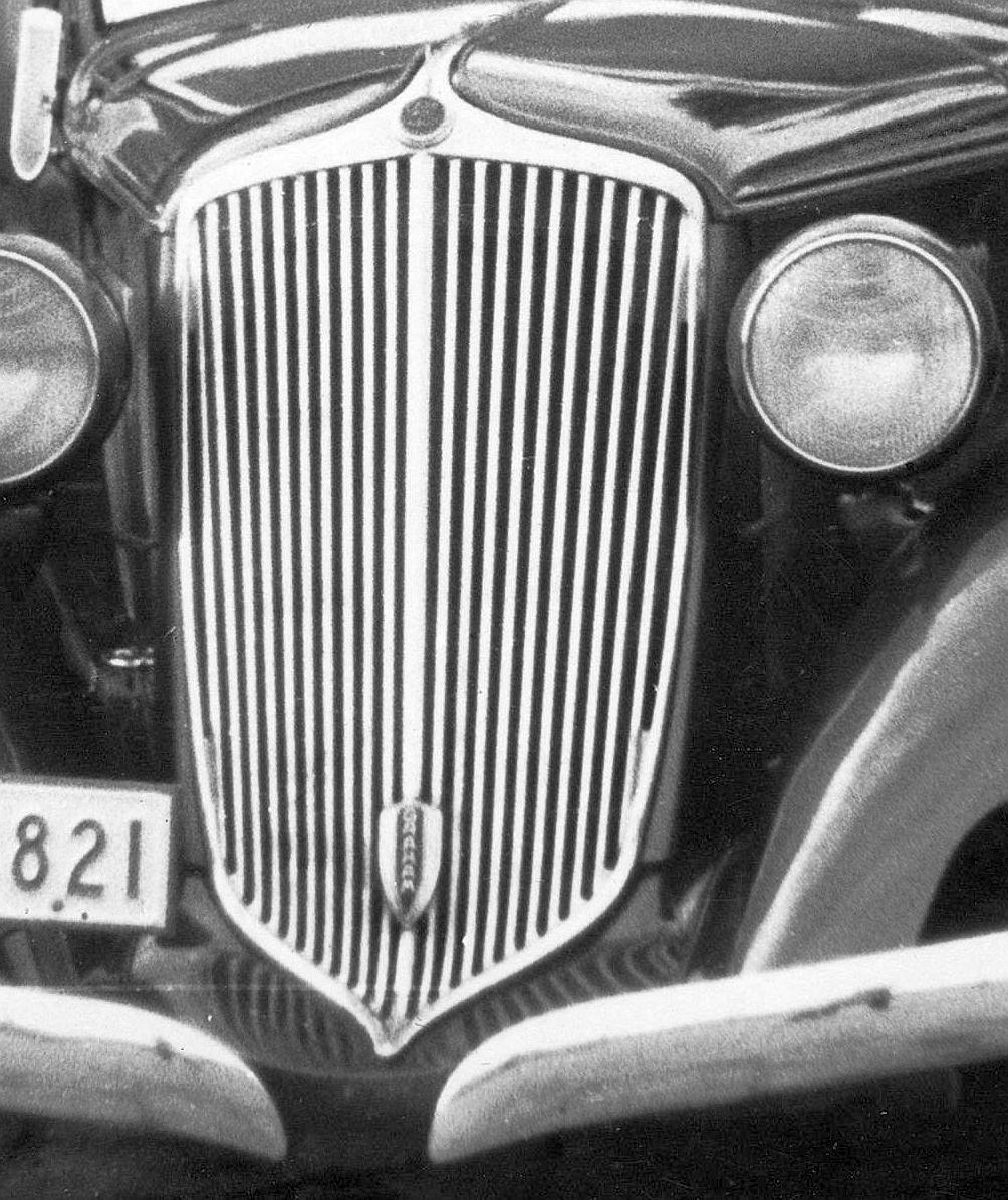 Graham_Blue_Streak_1934_Frontpartie