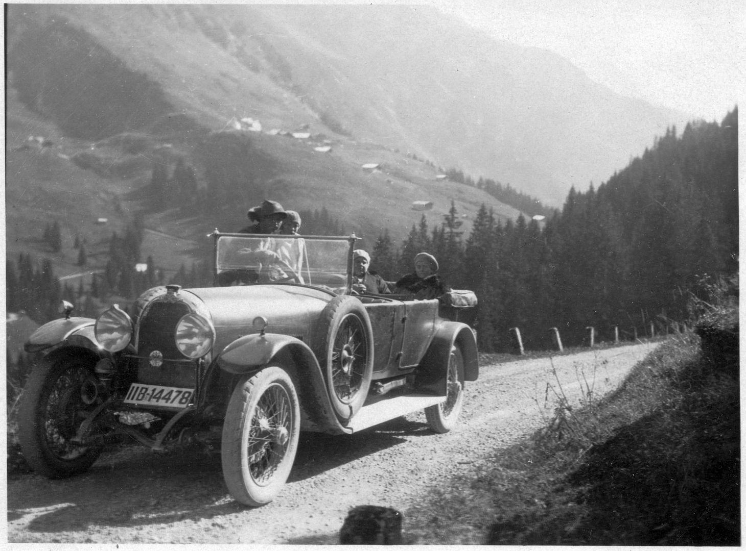 Austro-Daimler_ADM_09-1928_2_Galerie