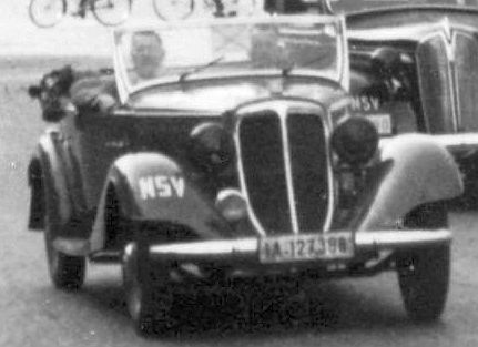 Wanderer_W22_Phaeton_Plymouth_1937_Peugeot_402_Ausschnitt3