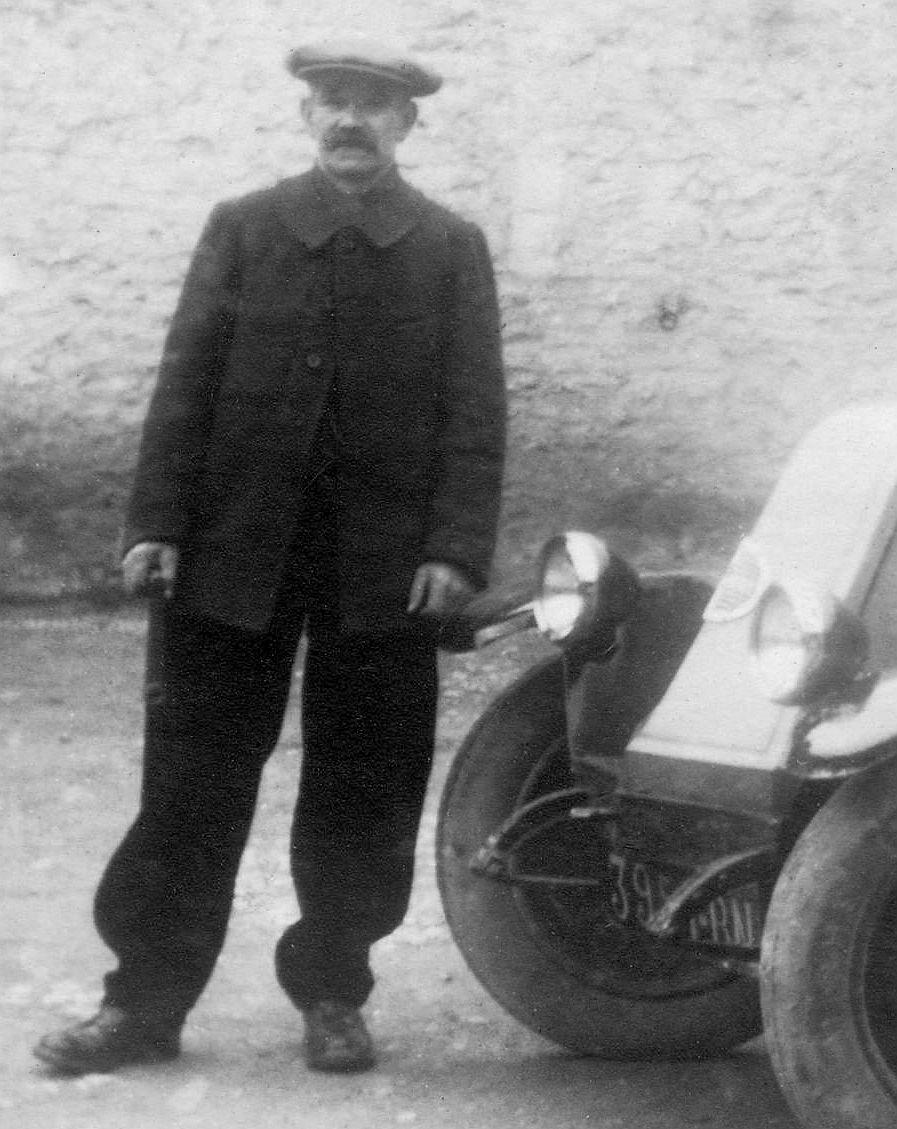 Renault_1924_Ausschnitt2