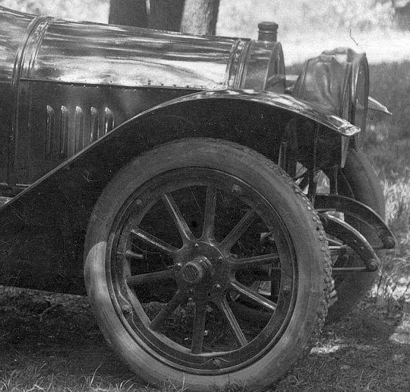Benz_8-20_PS_Harth_Pfingsten_1914_2_Frontpartie