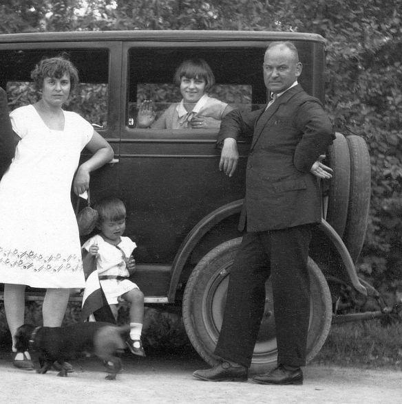 Maxwell_ab_1922_25_Ulm_06-1928_Ausschnitt2
