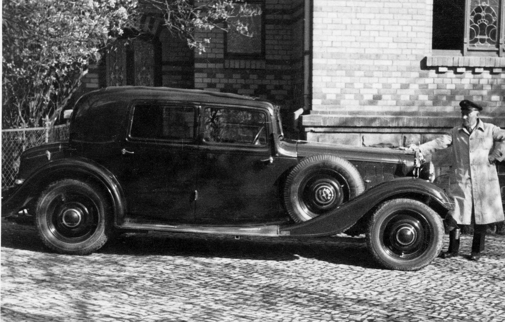 Adler_Diplomat_1934_Galerie