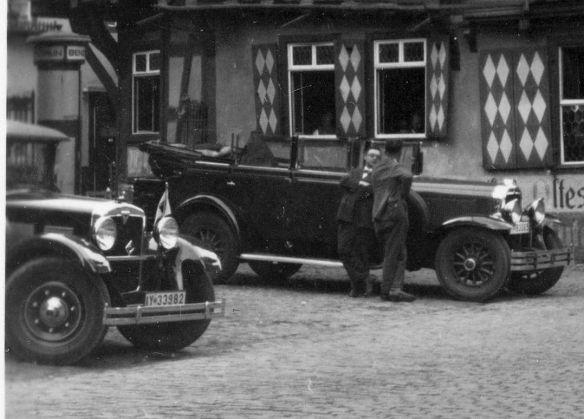 Adler_Standard_6_und_US-Wagen_Bacharach_Ausschnitt