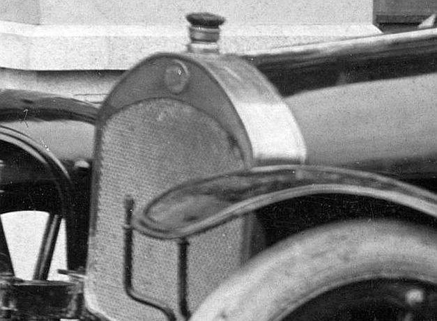 Audi_Typ_B_Tourenwagen_vor_1914_Frontpartie2