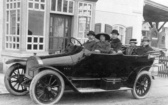Audi_Typ_B_Tourenwagen_vor_1914_Galerie
