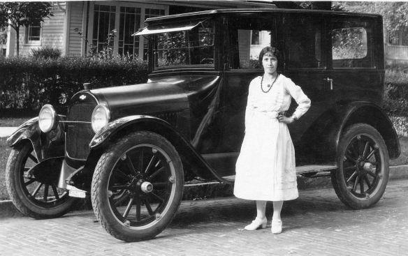 Chevrolet_FB-40_Sedan_1919-22_deutsch_beschriftet_Galerie