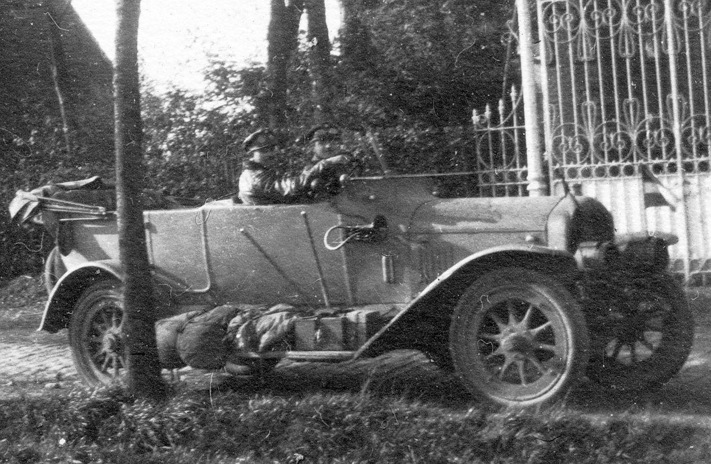 Hansa-Lloyd_10-30_PS_1914_2_Ausschnitt