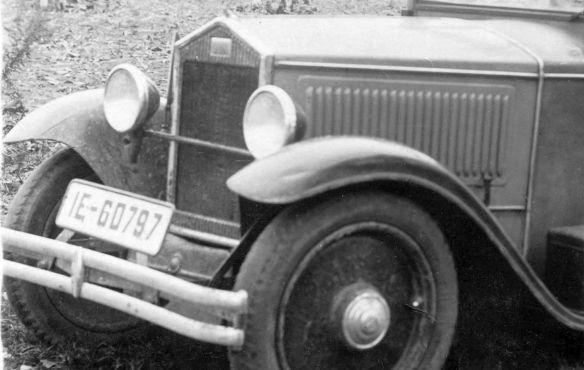 DKW_V800_Cabrio-Limousine_vollbesetzt_Frontpartie