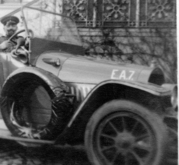 Opel_evtl._24_PS_um 1912_Ak_Oskar_an_Cousine_Paula_01-1916_Frontpartie