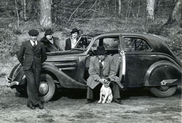 Peugeot_402_Vorkrieg_Galerie