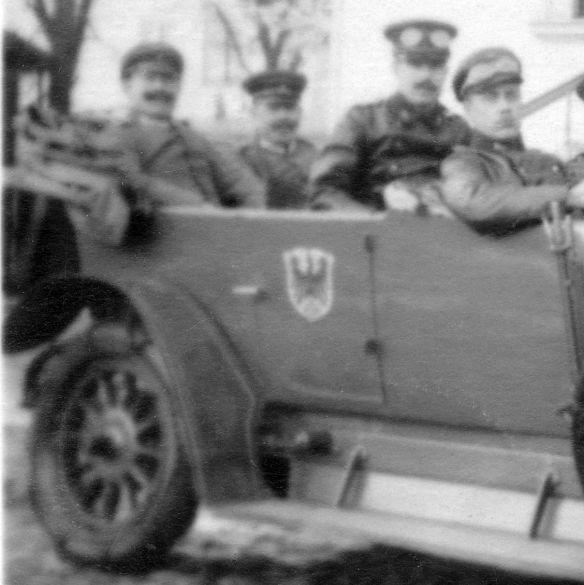 Opel_evtl._24_PS_um 1912_Ak_Oskar_an_Cousine_Paula_01-1916_Heckpartie