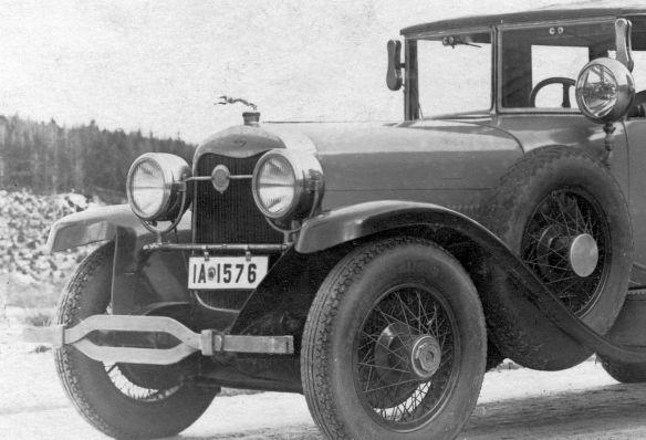 Lincoln_1925-26_Ak_Riesengebirge_nach_Neustadt_Harz_Neujahr_1927_Frontpartie2