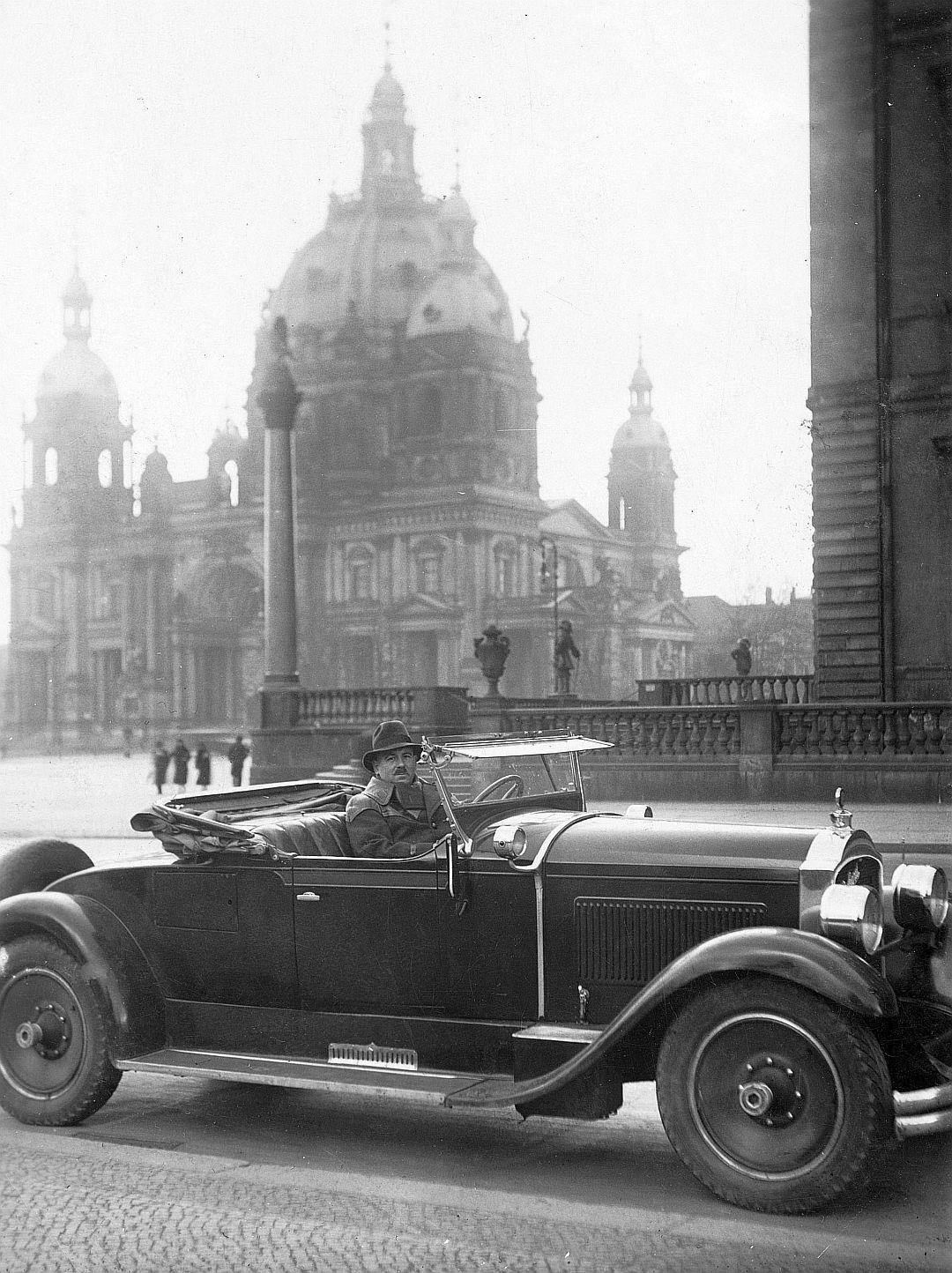 Packard_533_Berlin_04-1935_Galerie