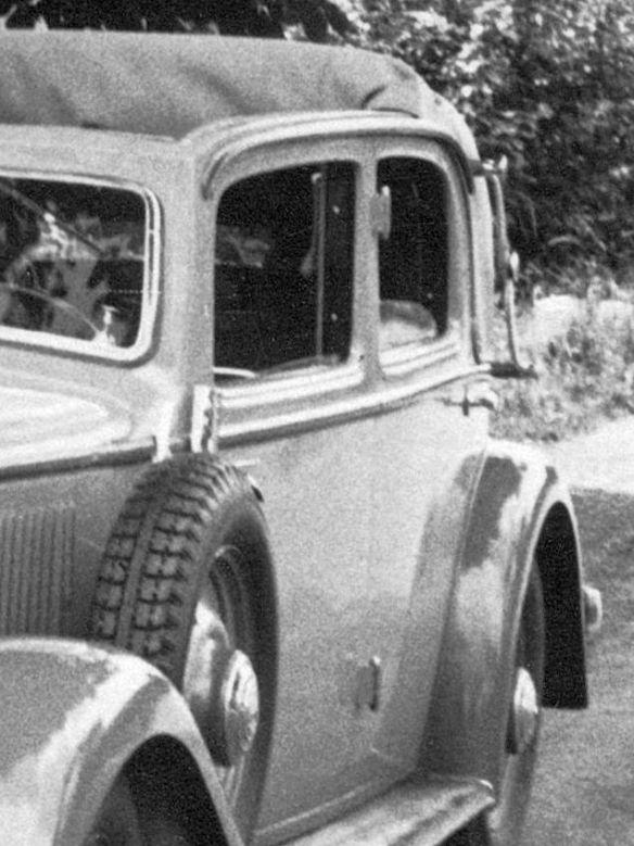 Mercedes_200_Cabrio-Limousine_Ausschnitt