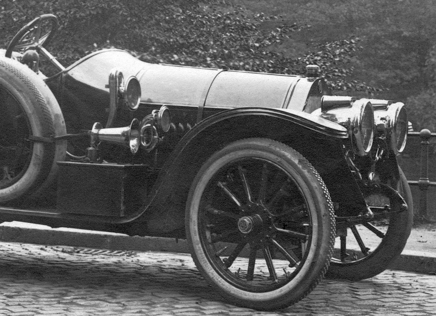 Benz_Ak_Dü-dorf_nach_Krefeld_1911_Frontpartie