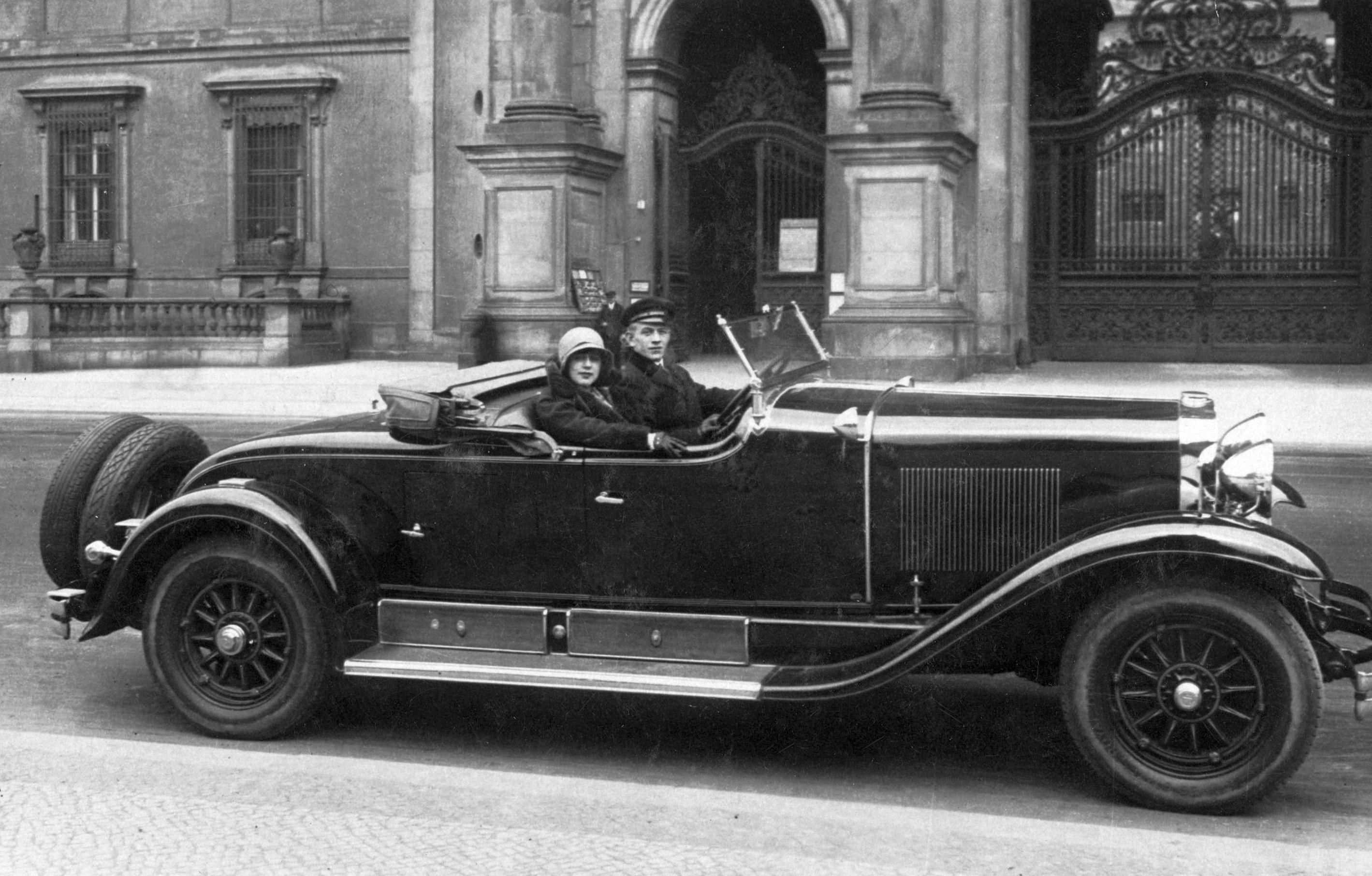 Cadillac_1928_Wien_230429_Galerie