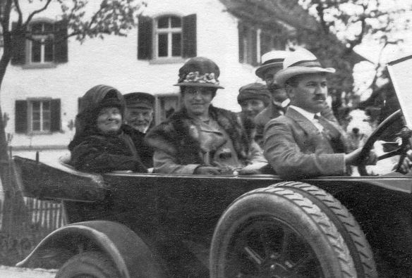 Fiat_505_Tourer_Pfingsten_1923_Insassen
