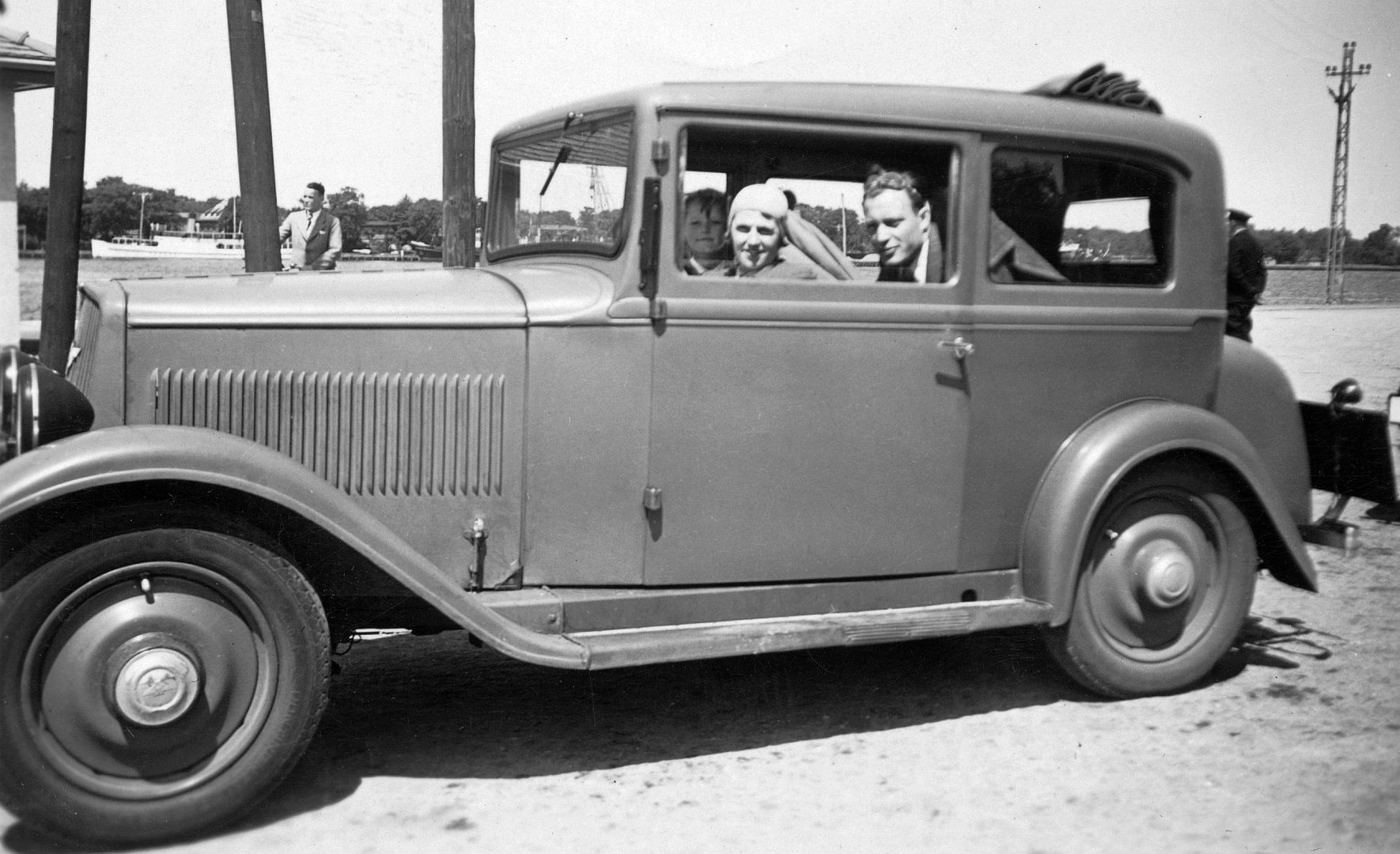Hanomag_4-23_PS_Rolldach_Galerie