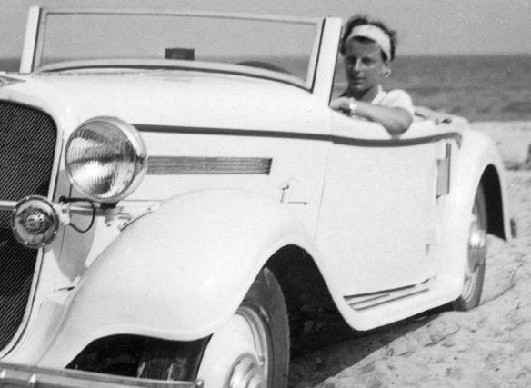 Hanomag_Sturm_Cabriolet_Ostsee_08-1936_Ausschnit2