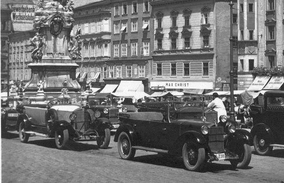 Steyr_Tourenwagen_Linz_1936_Ausschnitt1