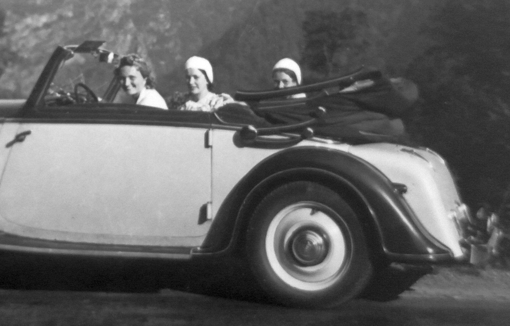 Audi_225_Luxus_2-Fenster-Cabrio_Bengsch_Insassen