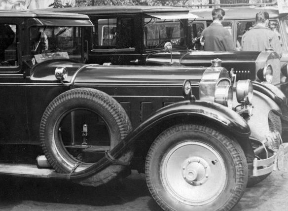 Packard_Eight_1927_DDR_Frontpartie