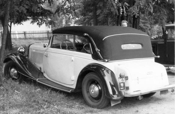 Audi_Front_225_Cabriolet_DDR_Galerie