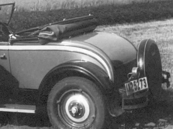 Pontiac_1928_roadster_Heckpartie